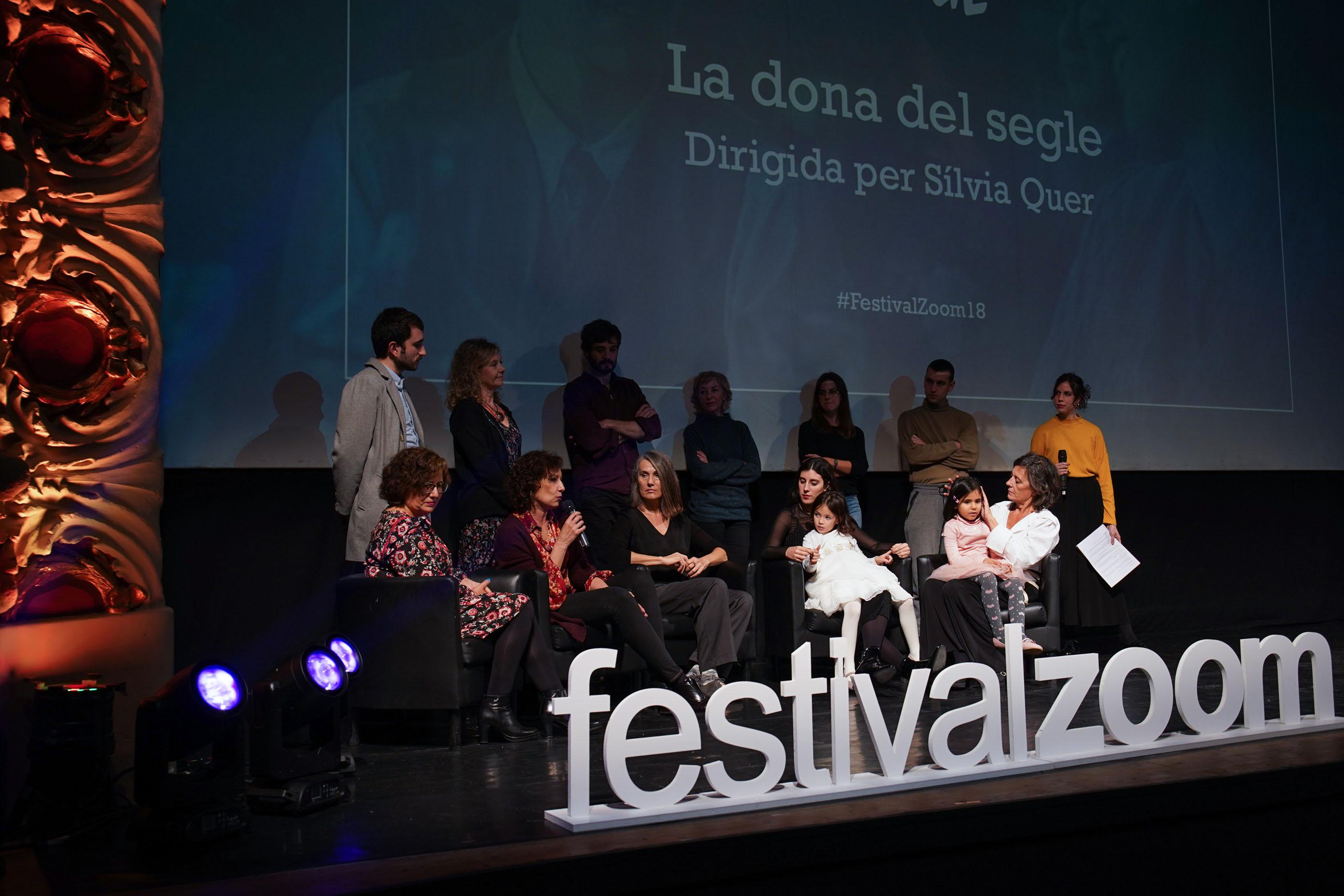 El Zoom Dona El Tret De Sortida Amb La Gala D'inauguració I La Projecció Del Film «La Dona Del Segle»